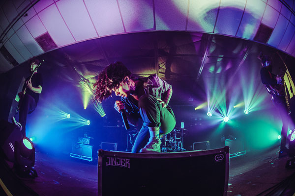 5 Tips for Shooting Dynamic Concert Photos From a Top Pro