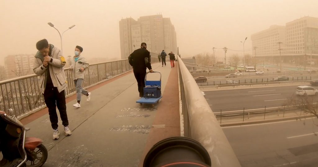What It Was Like Photographing China's Extreme Sandstorm