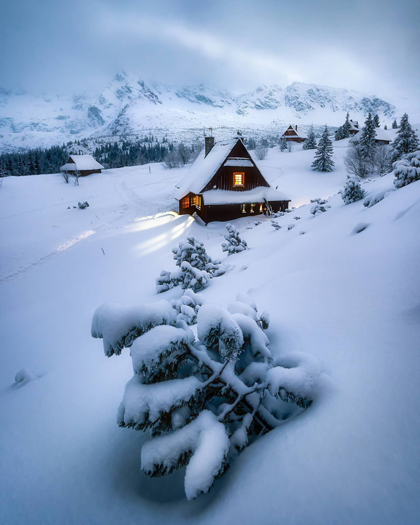 """Behold the Amazing Winners Of Shutterbug's Winter """"Time of the Season"""" Photo Contest"""