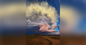 This Storm Photo Shot in West Texas Looks Like a Sky Explosion