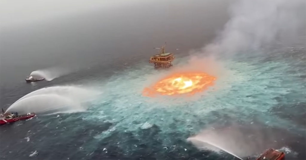 Mind-Boggling Shots of the Ocean on Fire From a Gas Leak