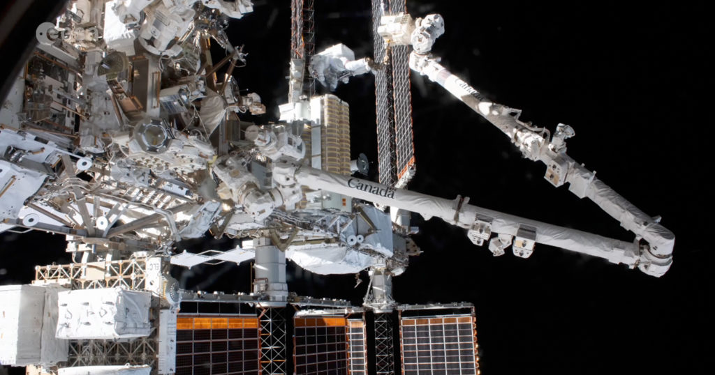 Timelapse Shows How Astronauts Install New Solar Arrays on the ISS