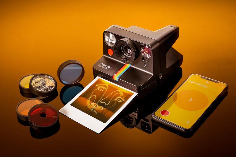 Polaroid Now Plus gives manual controls – Amateur Photographer